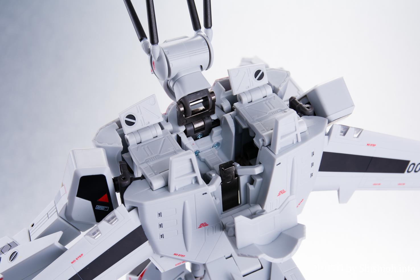 DX超合金 劇場版VF-1S バルキリー(一条輝機) パート2