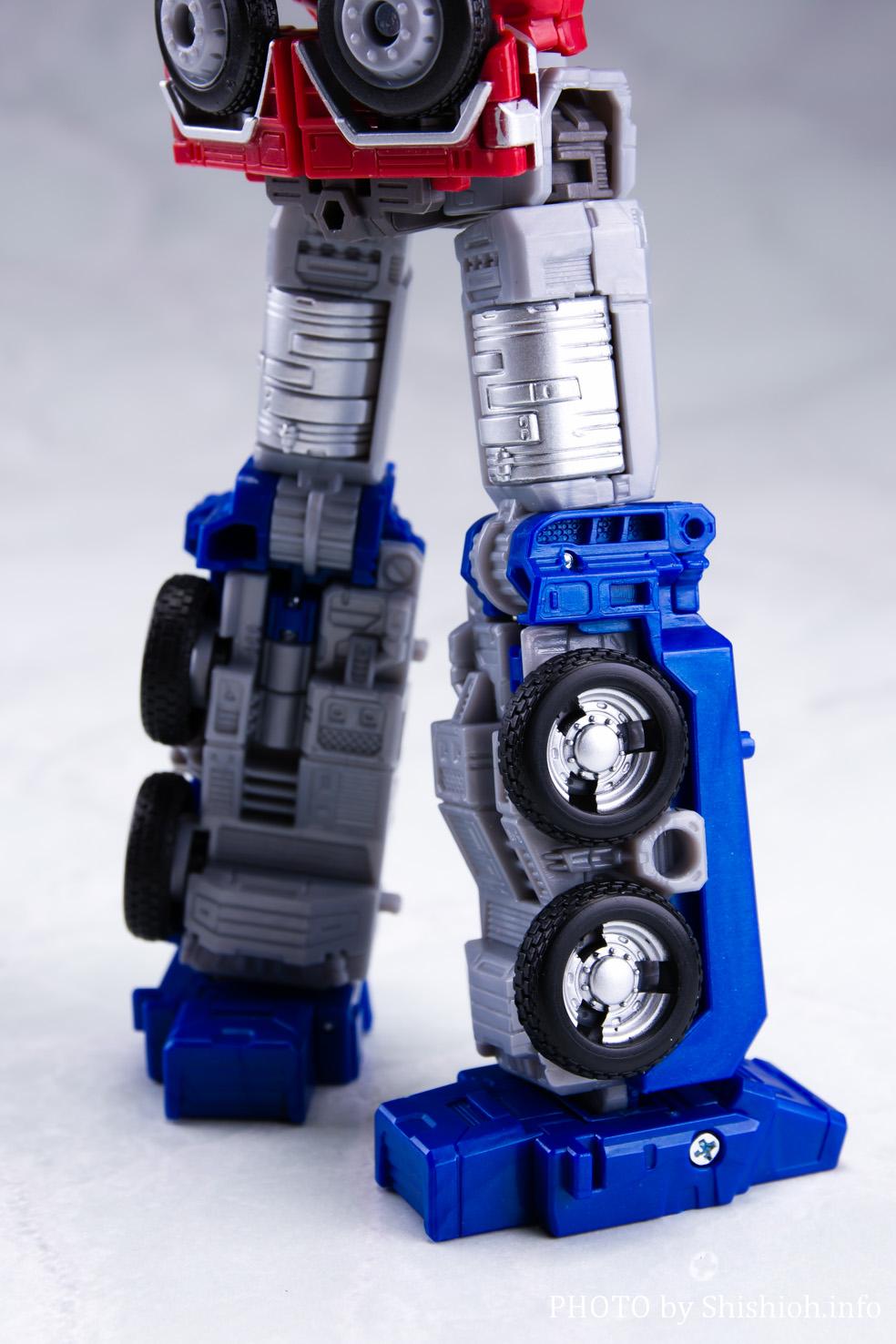 アースライズ ER-02 オプティマスプライム with トレーラー