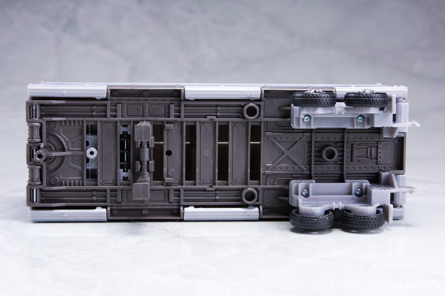 アースライズ ER-02 オプティマスプライム with トレーラー パート2