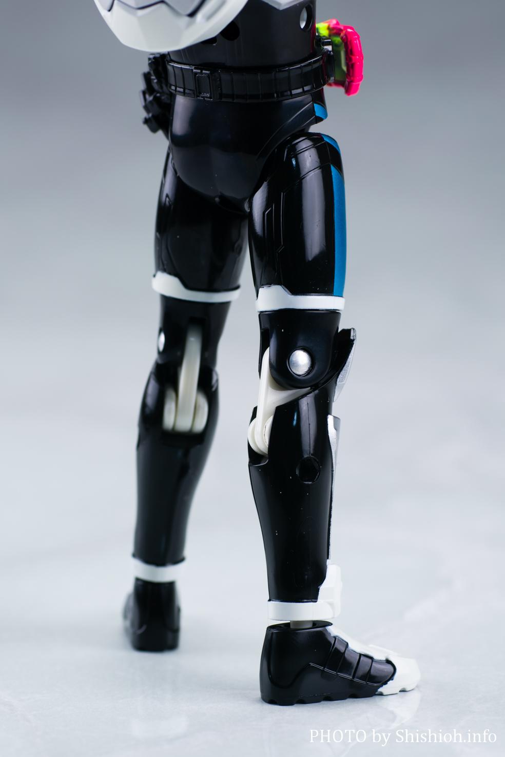 LVUR02 仮面ライダーブレイブ クエストゲーマー
