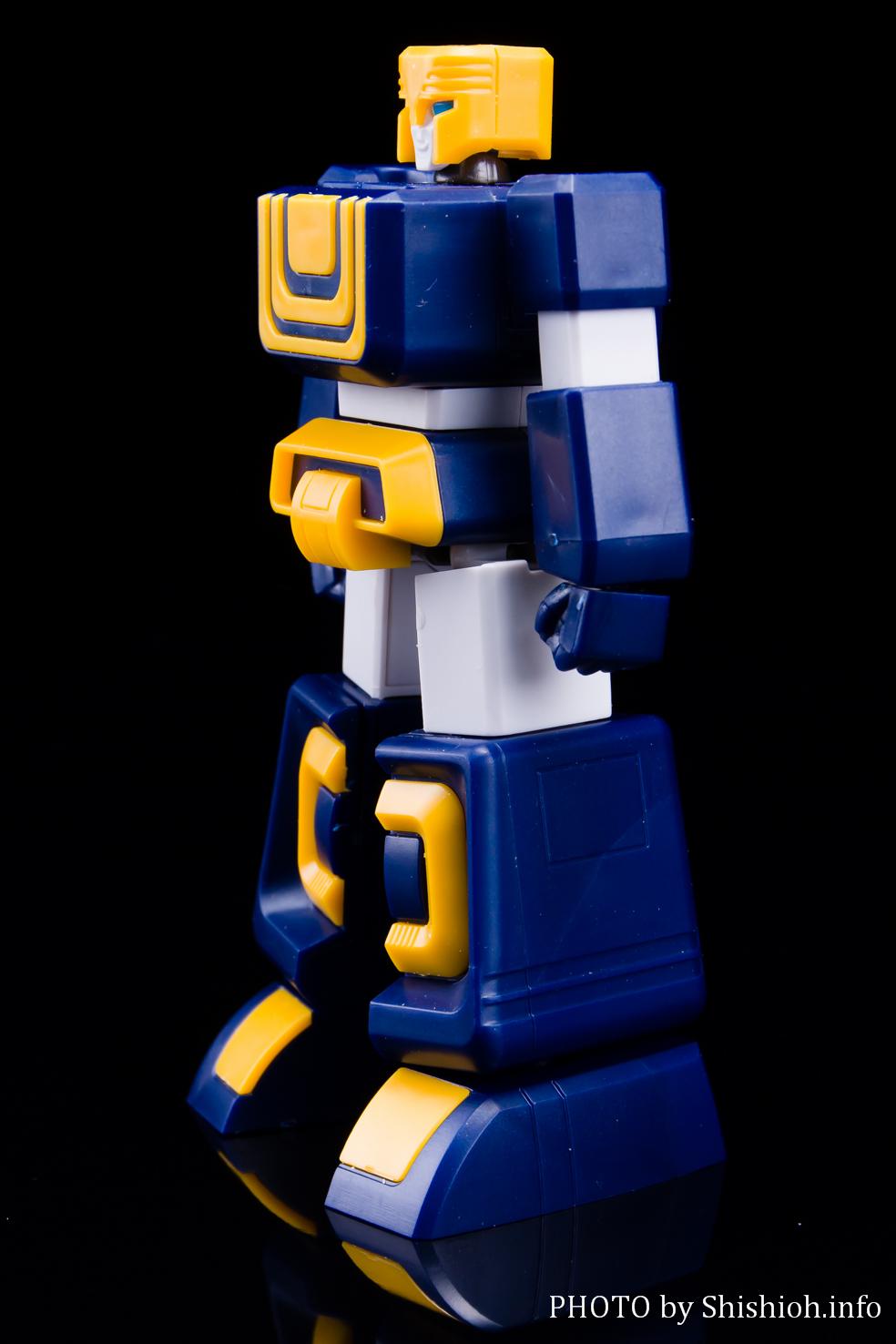 MODEROID 六神合体 ゴッドマーズ (六神ロボ)