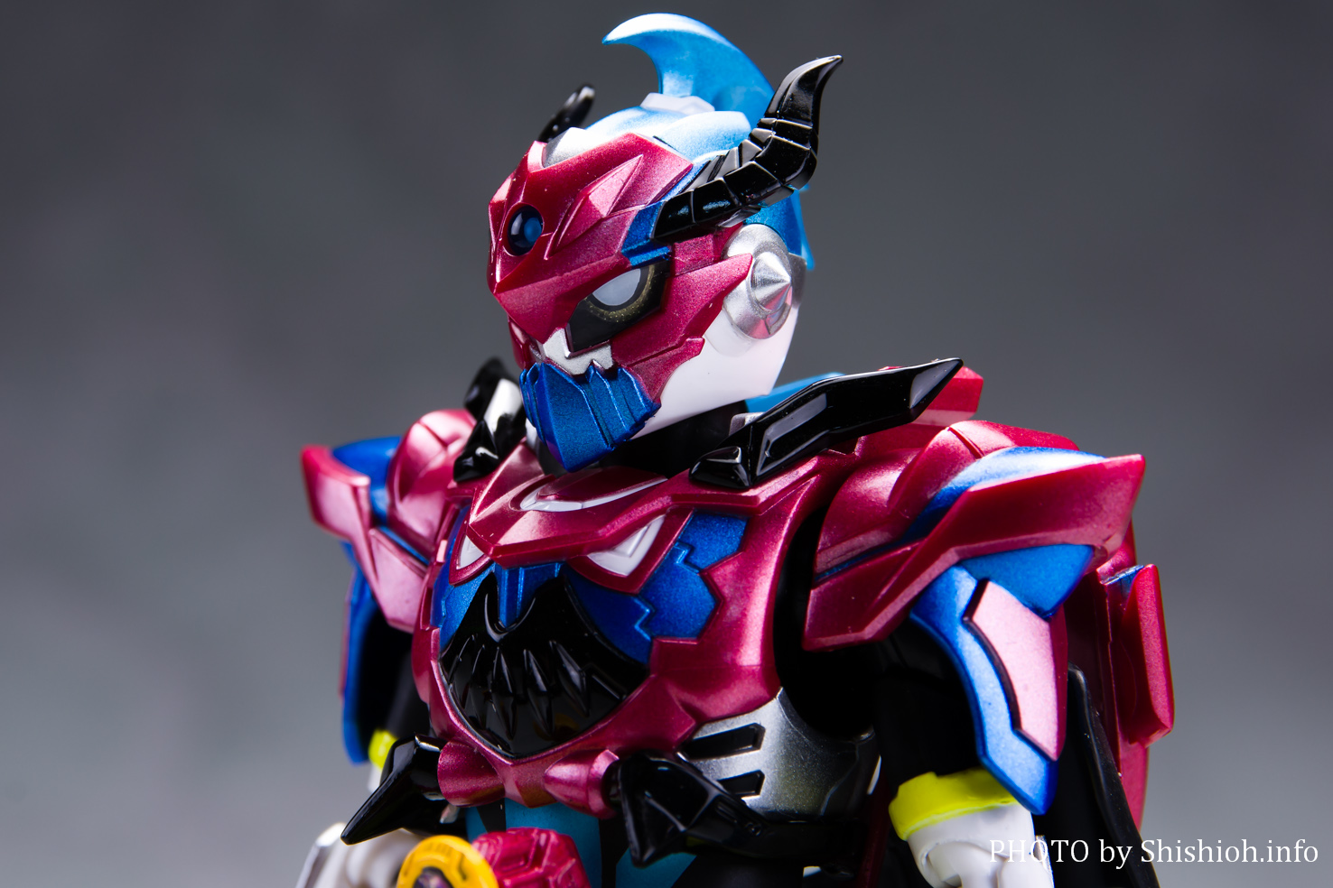 S.H.Figuarts 仮面ライダーブレイブ ファンタジーゲーマー レベル50