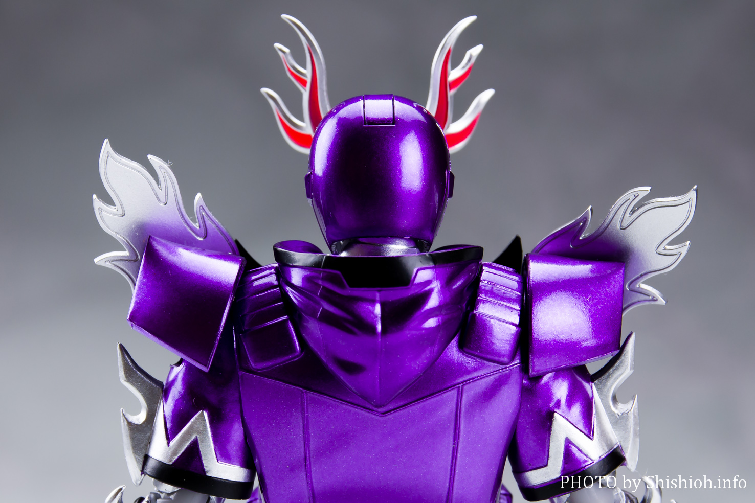 S.H.Figuarts 仮面ライダーディープスペクター
