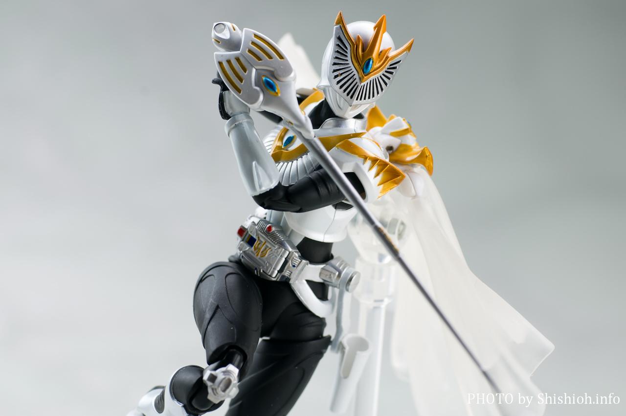 S.H.Figuarts 仮面ライダーファム