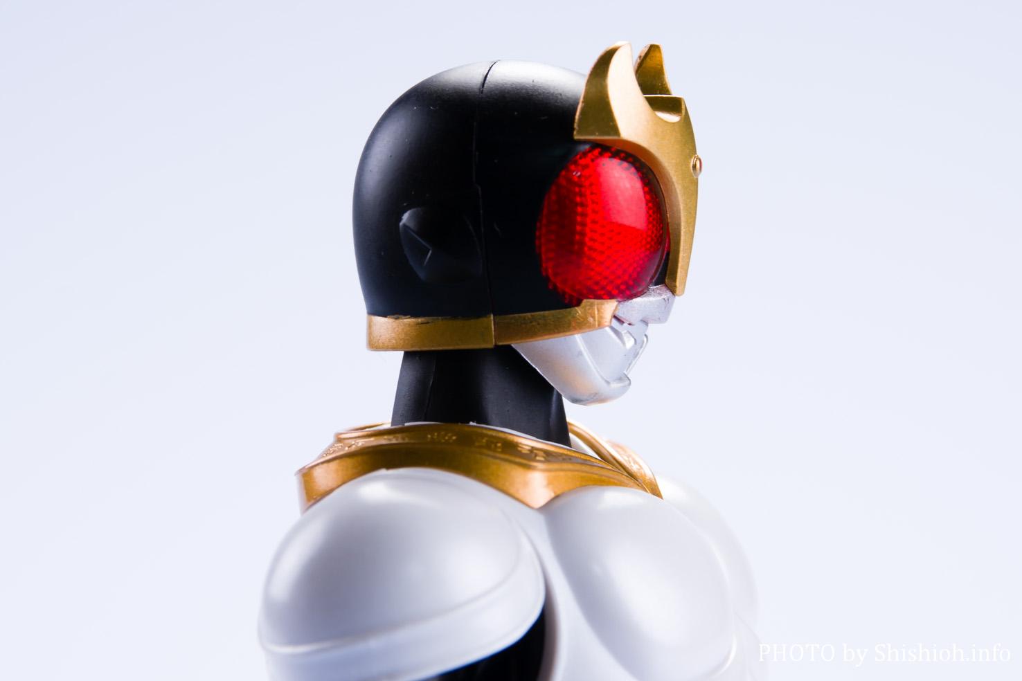S.H.Figuarts(真骨彫製法) 仮面ライダークウガ グローイングフォーム