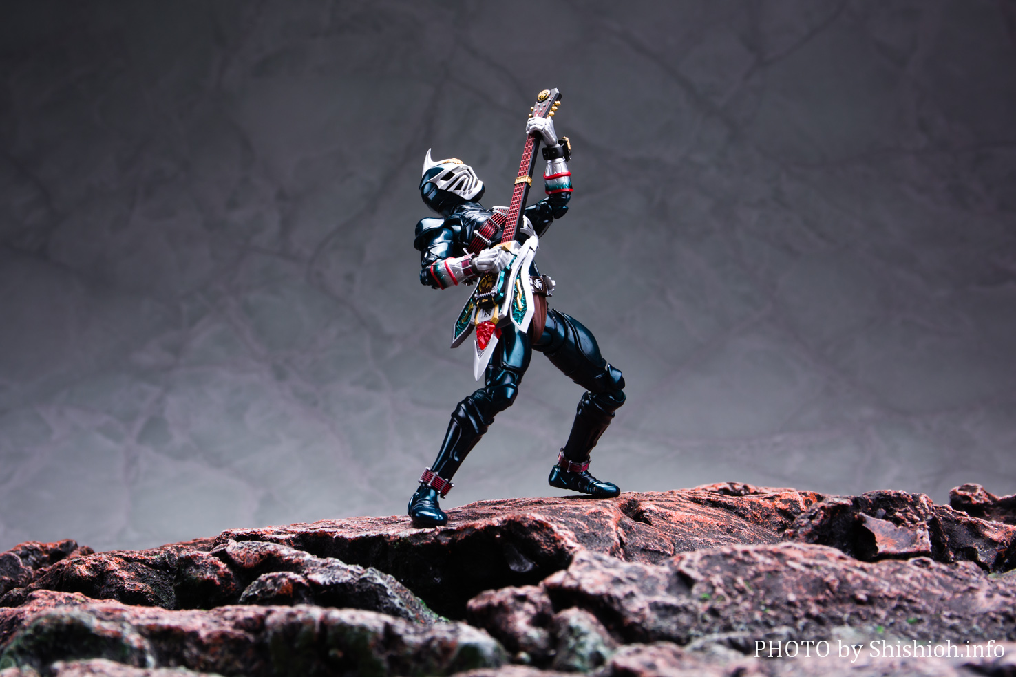 S.H.Figuarts(真骨彫製法) 仮面ライダー轟鬼
