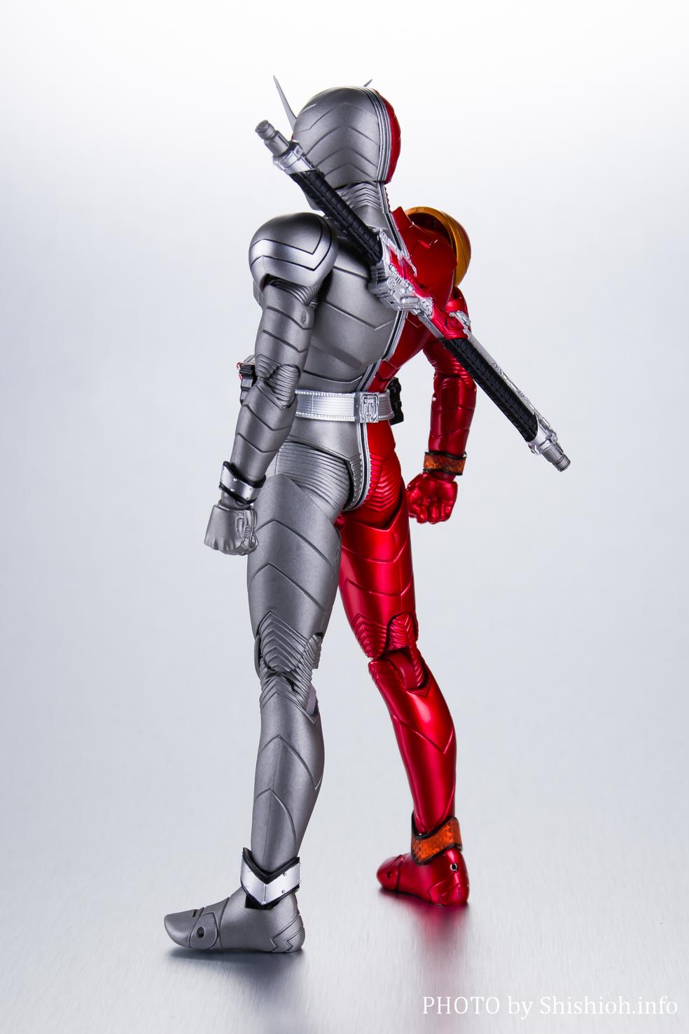 S.H.Figuarts(真骨彫製法) 仮面ライダーW ヒートメタル