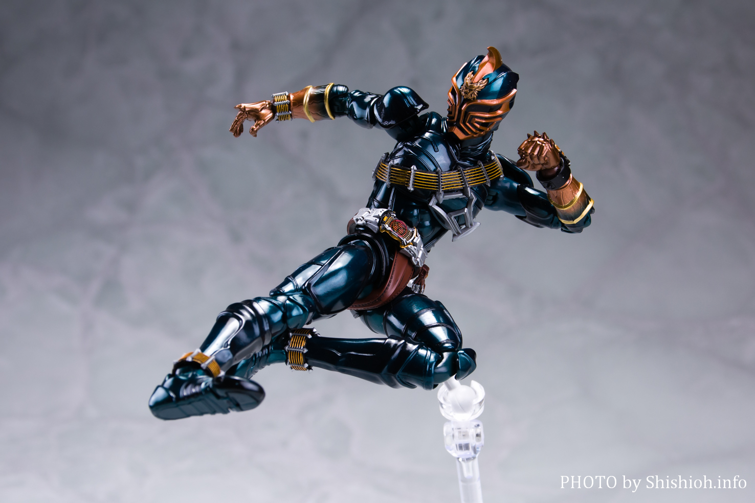 S.H.Figuarts(真骨彫製法)仮面ライダー斬鬼