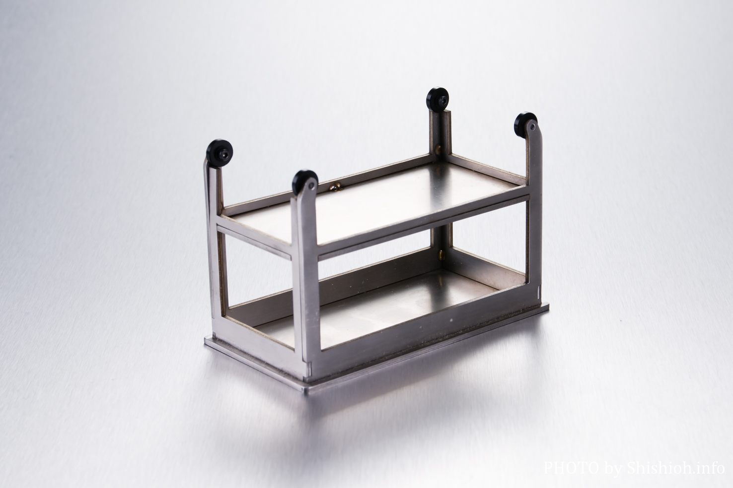 NOVA フィギュア用アクセサリー 机(サンプル)