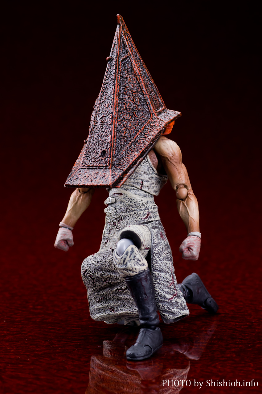 レッドピラミッドシング